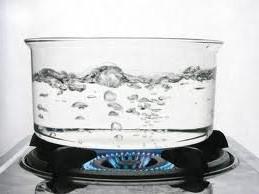 Почему нельзя кипятить воду дважды? фото