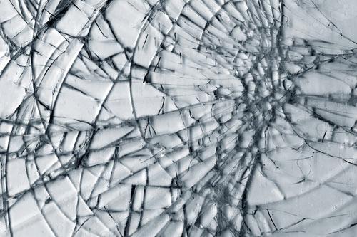 Почему нельзя разбивать зеркало? фото