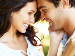 Почему мужчина не признается в любви? - фото