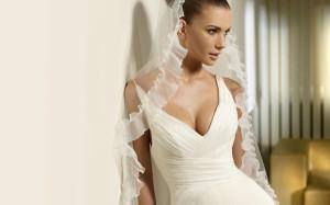 Почему невеста в белом платье? - фото
