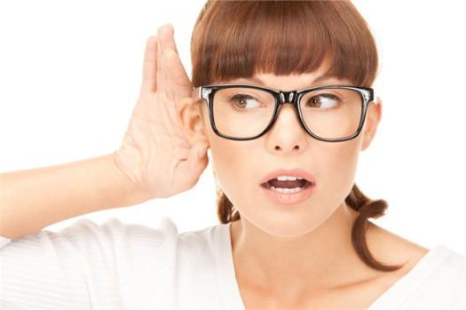 Почему слуховой аппарат пищит? фото