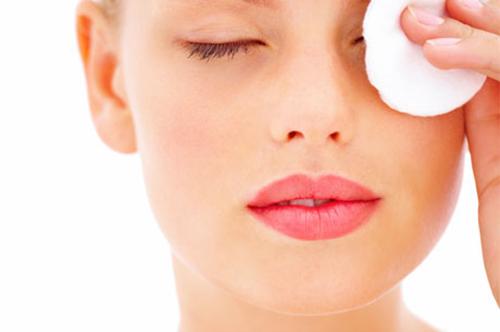 Как снять макияж с глаз? фото