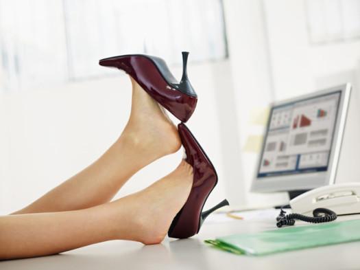 Почему обувь натирает? фото