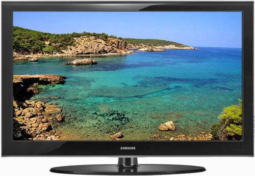 Почему телевизор сам включается? фото