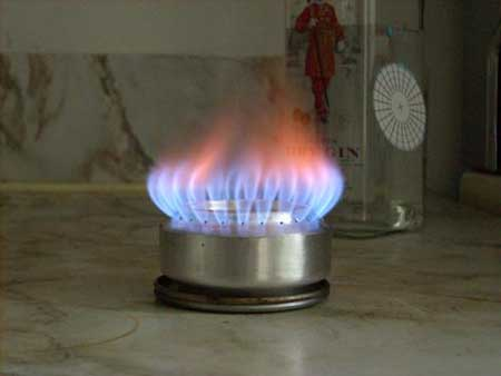 Как сделать горелку из пивной банки? фото