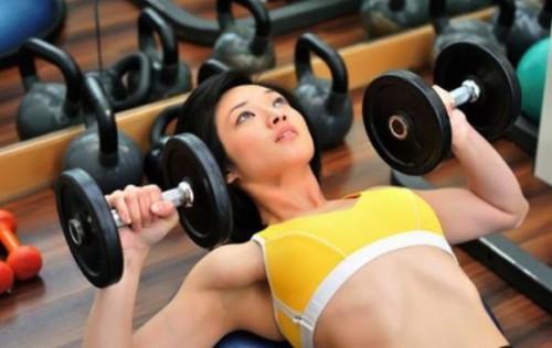 Зачем нужен фитнес людям? фото