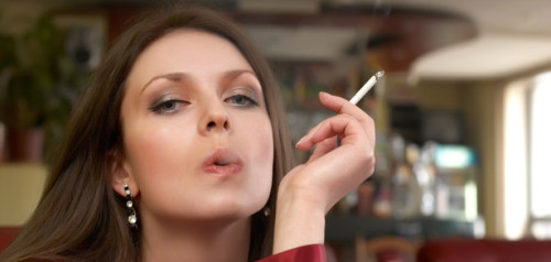 Почему нельзя курить при грудном вскармливании? 6 Причин. фото