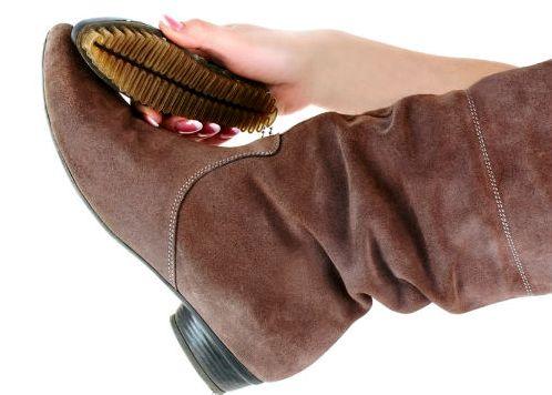 чистим обувь из нубука