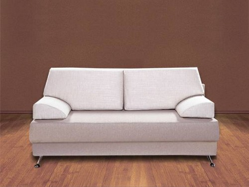 диван в маленькой комнате