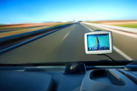 Как выбрать хороший навигатор для автомобиля? фото