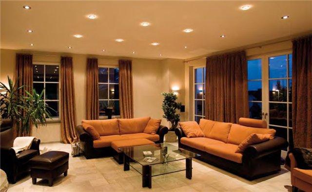 Комфортное освещение для гостинной