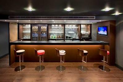 Какую мебель в бар купить? фото