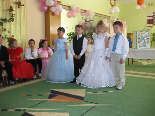 Как одеть девочку на выпускной в детский сад? фото