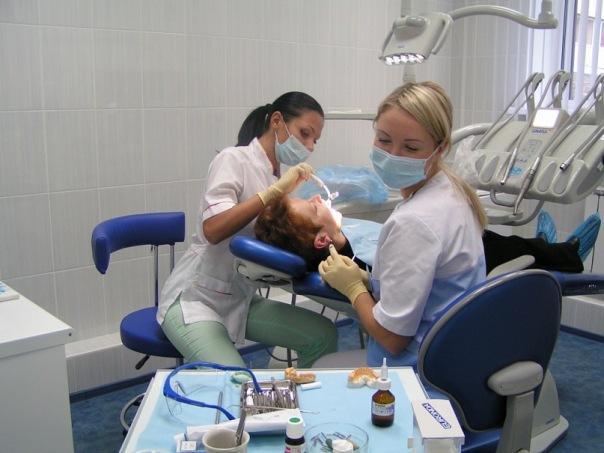 О большом разнообразии стоматологических процедур фото