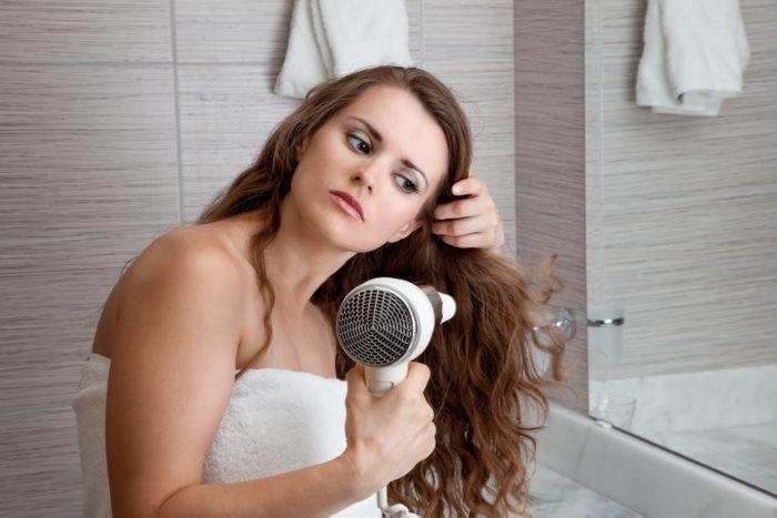 Как укрепить сухие кончики волос? фото