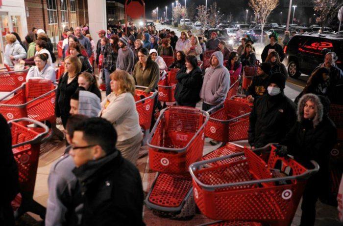 Какие магазины участвуют в черной пятнице 2014? фото