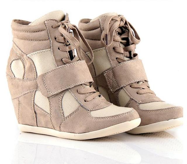 Как выбрать модную альтернативную обувь? Несколько советов. фото