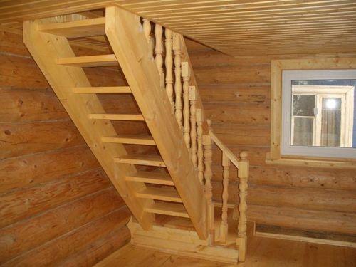 Какую лестницу лучше сделать в доме? - фото