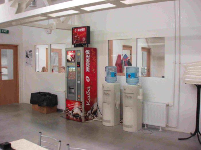 Как поставить кофейный автомат в университете? фото