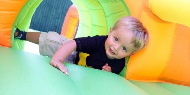 Какие игрушки нужны ребенку в 2 года? фото