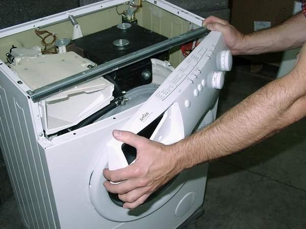Как отремонтировать стиральную машину автомат в домашних условиях? фото
