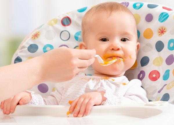 Как кормить ребенка в 6 месяцев? фото