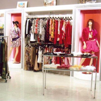 Как открыть магазин женской одежды? фото