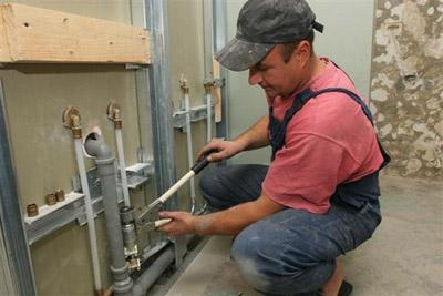 Замена водопроводов и счетчиков воды в квартире фото