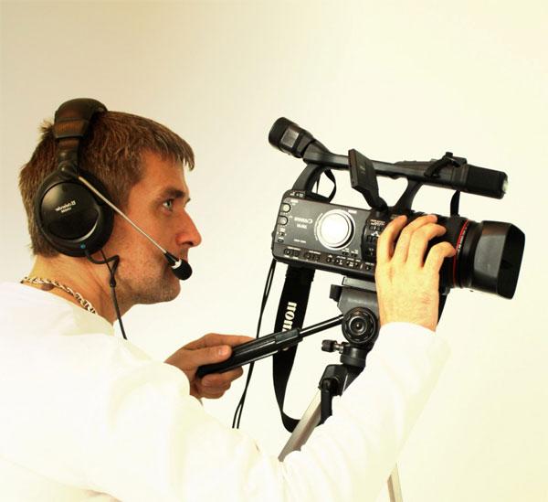 Как выбрать видеооператора на свадьбу?  фото