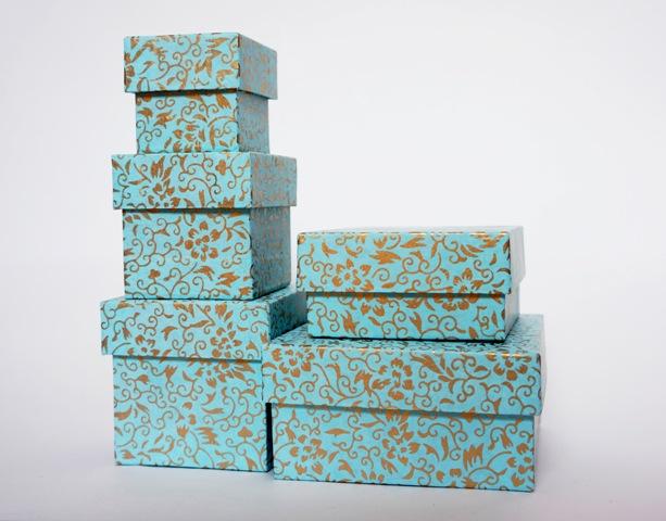 Как создаются коробки под заказ и какими свойствами они обладают? фото