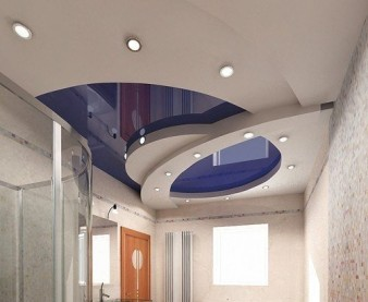 Как сделать красоту в доме с помощью натяжных потолков? фото