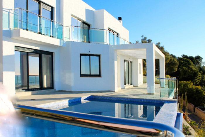Почему именно сейчас нужно покупать недвижимость в Испании? фото
