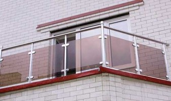 balkon-steklo-tonirovannoe