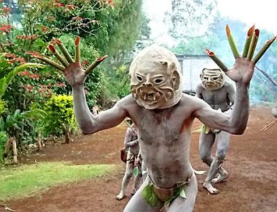 Почему похороны в Новой Гвинее важнее чем жизнь? фото
