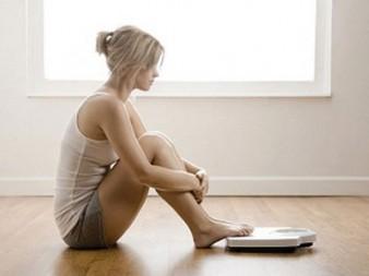 Почему после диеты возвращаются килограммы? - фото