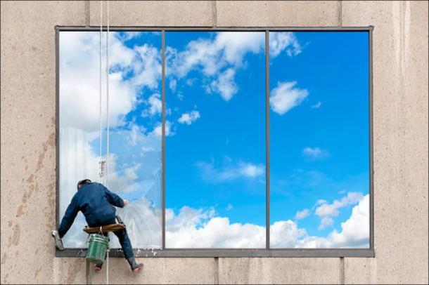 Мойка окон и фасадов от компании ИнтроАльп - фото