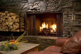 lobby_fireplace_highres