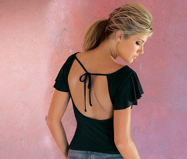 Как носить блузку с открытой спиной? фото