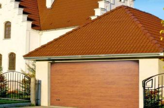 sekcionnye-vorota-v-pristrojke-garazha