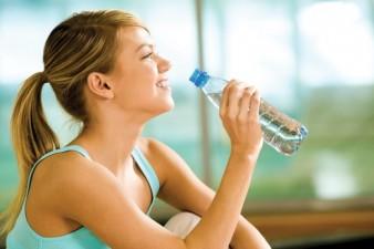 Почему необходимо пить воду? фото