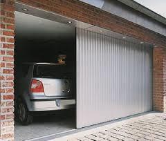 Почему стоит поставить автоматические гаражные ворота?  - фото