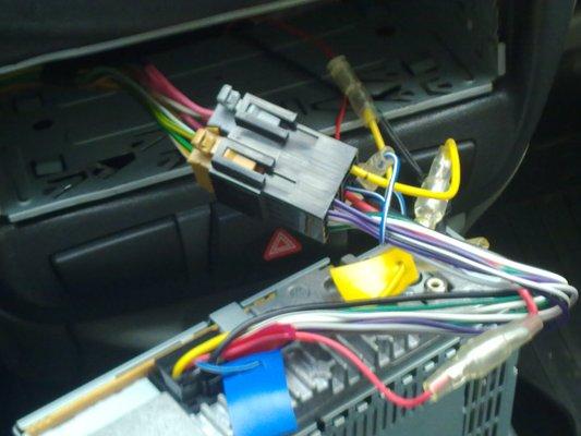 Как правильно своими руками подключить магнитолу в автомобиле? фото