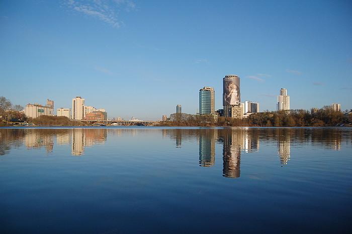 Почему стоит жить в Екатеринбурге? фото