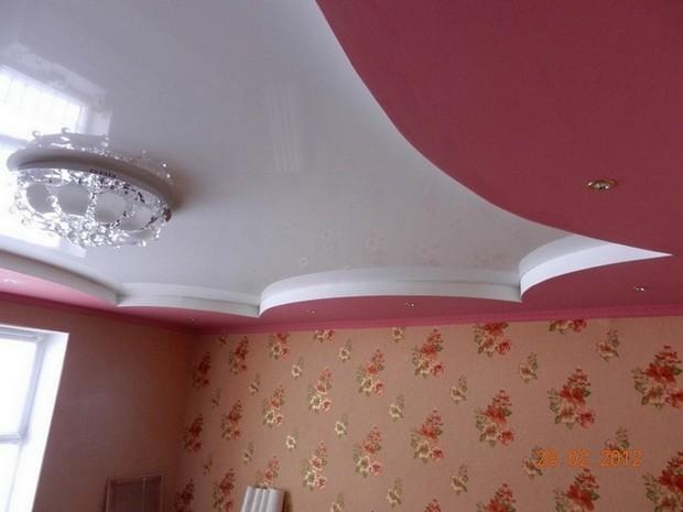Стоит ли устанавливать натяжные потолки в доме? фото