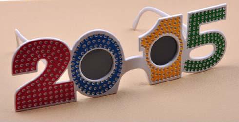 Какие очки в моде летом 2015? - фото