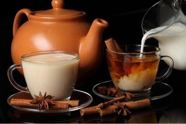 Как правильно пить чай с молоком?  фото