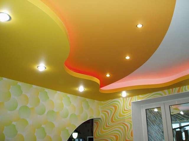 Чем натяжной потолок лучше обычного? фото