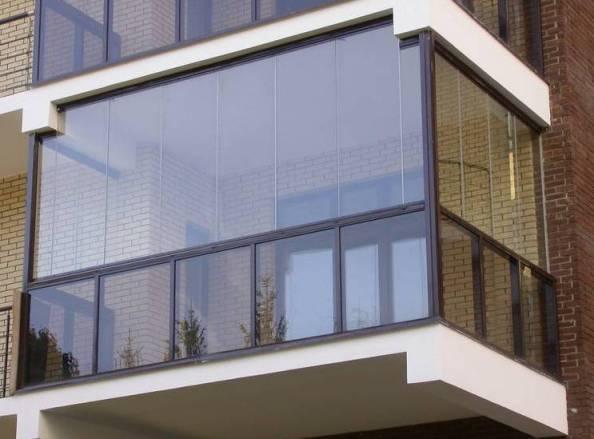Как правильно застеклить и утеплить балкон? фото