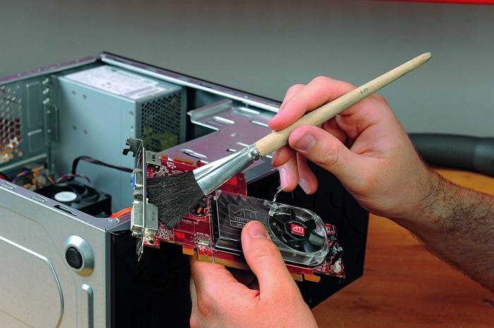 Как правильно почистить компьютер от пыли?  - фото