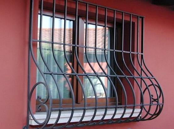 Как самому установить решетки на окна? фото